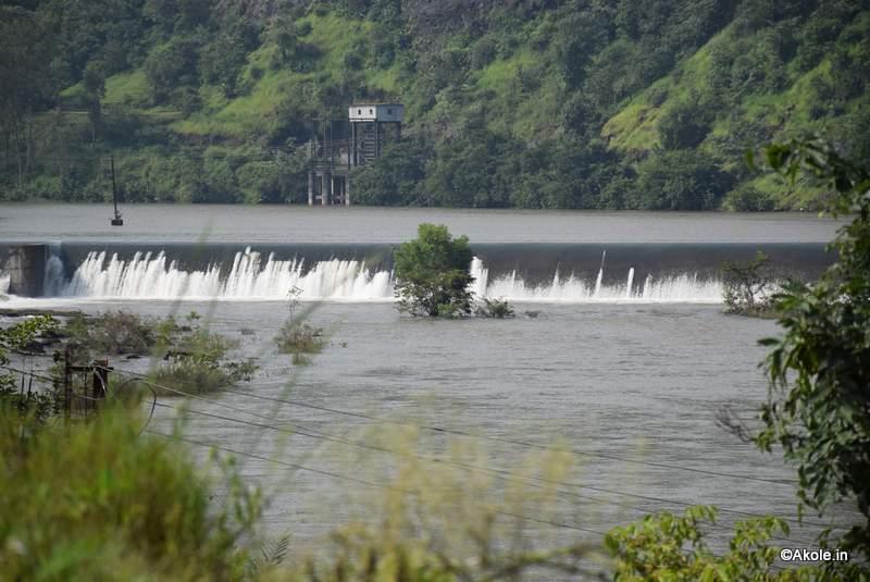 randha-fall-water-flow-bhandardara-akole-tourism-1